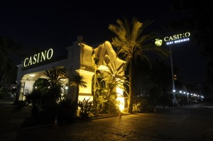 Fachada Casino Marbella noche